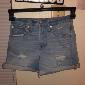Madewell high waisted shorts size 23